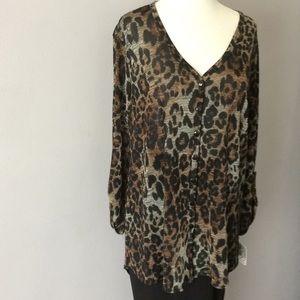 Nwt Clara Sunwoo Leopard print v neck top.
